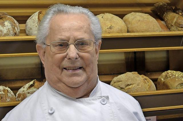Bäcker von altem Schrot und Korn