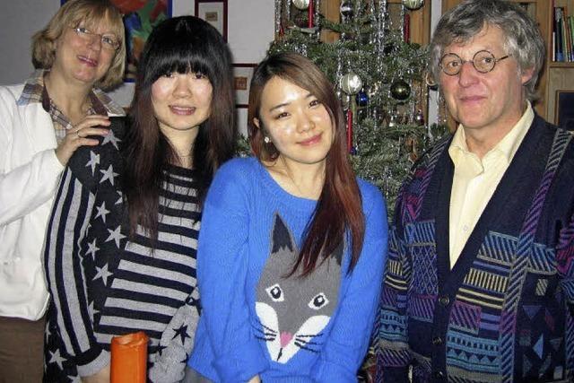 Wenn Asiatinnen auf deutsche Weihnachten treffen...