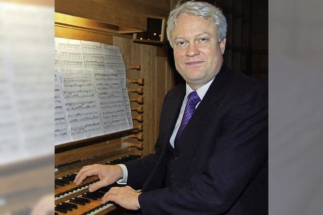 Florian Wilkes vermag die Orgel zu fordern