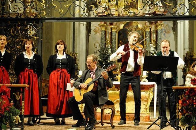 Volkslieder auch in ladinischer Sprache
