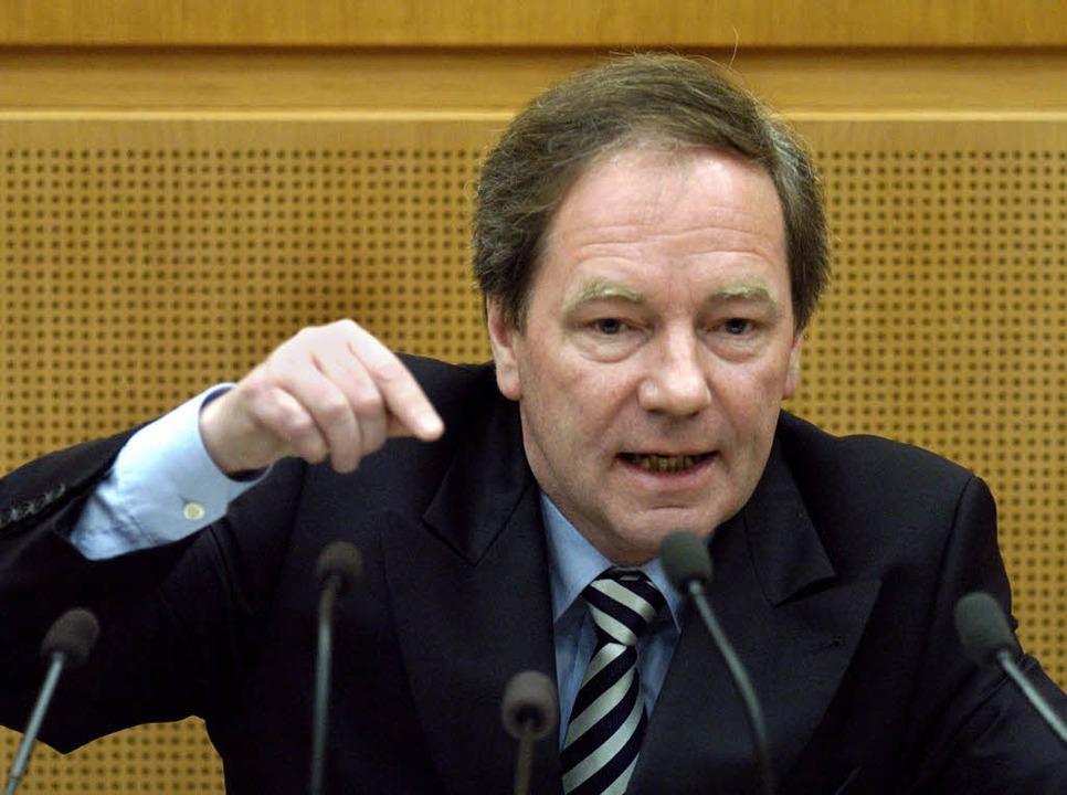 Nicht auf den Mund gefallen: Thomas Sc...tgart, bei einer Landtagsdebatte 2004.  | Foto: dpa