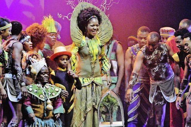 """Die neue Show """"Umlingo"""" von """"Mother Africa"""" im Burghof begeistert"""