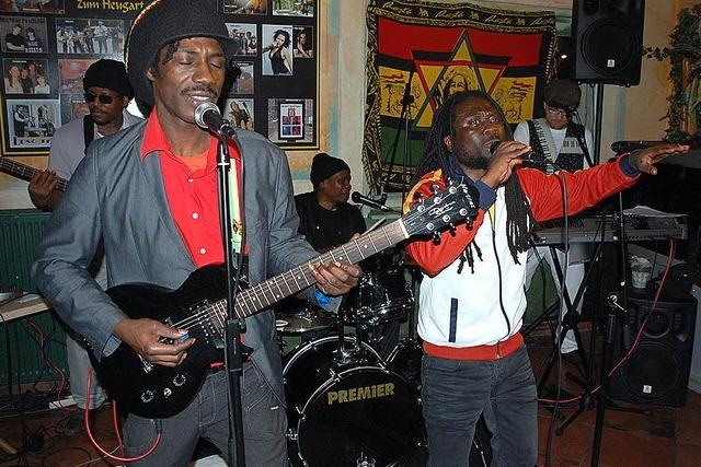 Tanzen zu echten Reggae-Klassikern