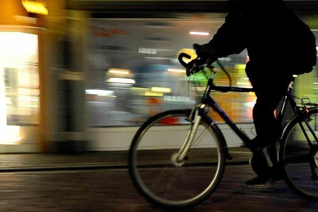Die Hälfte der Radler fährt ohne Licht