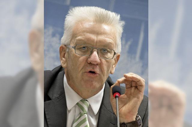 Kretschmann verteidigt Einfluss auf das Kultusministerium