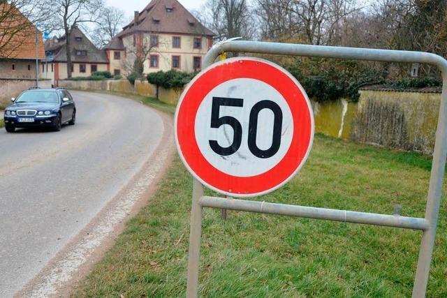 Diebe klauen alle acht Ortsschilder von Hartheim-Feldkirch