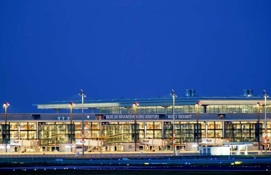 Millionengrab: Flughafen Berlin  Brandenburg .    Foto: dpa