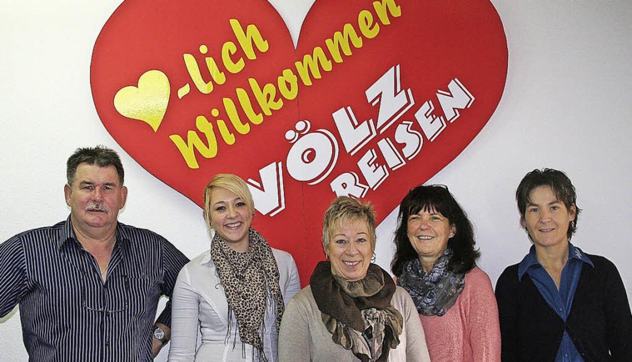 Walter und Birgit Völz (Vierte von lin...er Stadthalle Schopfheim stattfindet.   | Foto: Marlies Jung-Knoblich