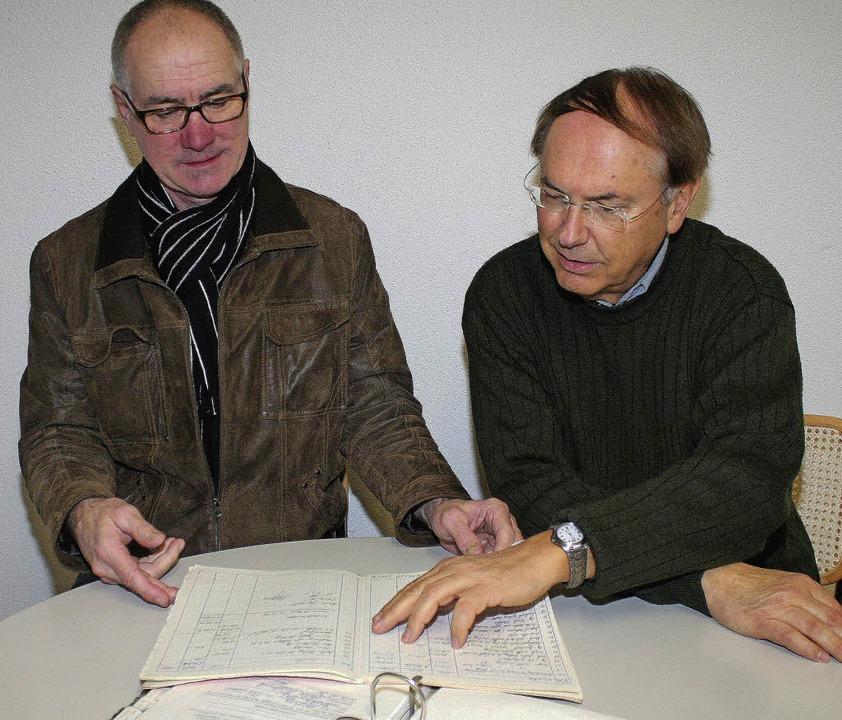 Karl Rühl (links) und Dietmar Fischer ...eins, der 25-jähriges Bestehen feiert.    Foto: cremer
