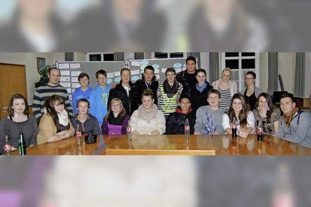 Eine Party als erstes gemeinsames Jugendprojekt