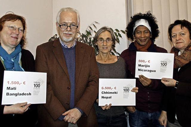 Stiftung 100 unterstützt drei Projekte