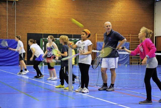 Tennis spielen zum Mini-Preis