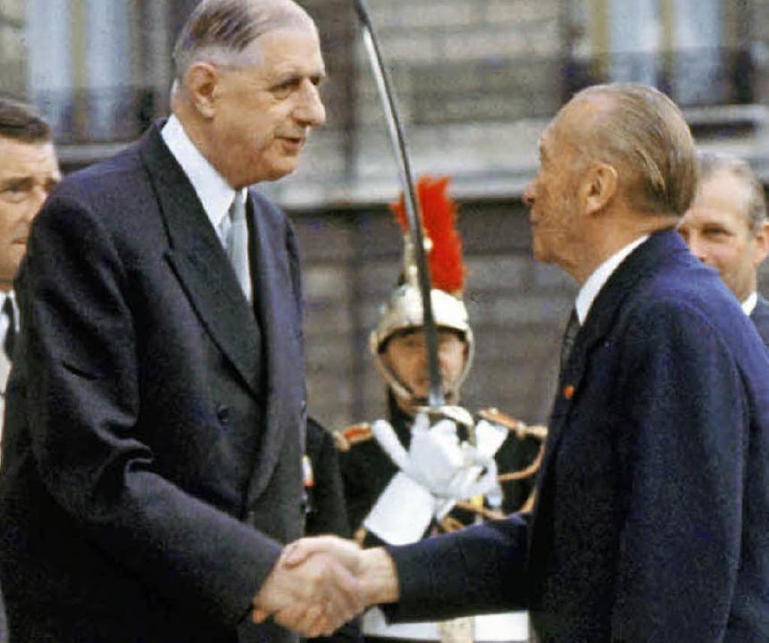 Konrad Adenauer und Charles de Gaulle ...h-französischen Freundschaftsvertrag.     Foto: dpa
