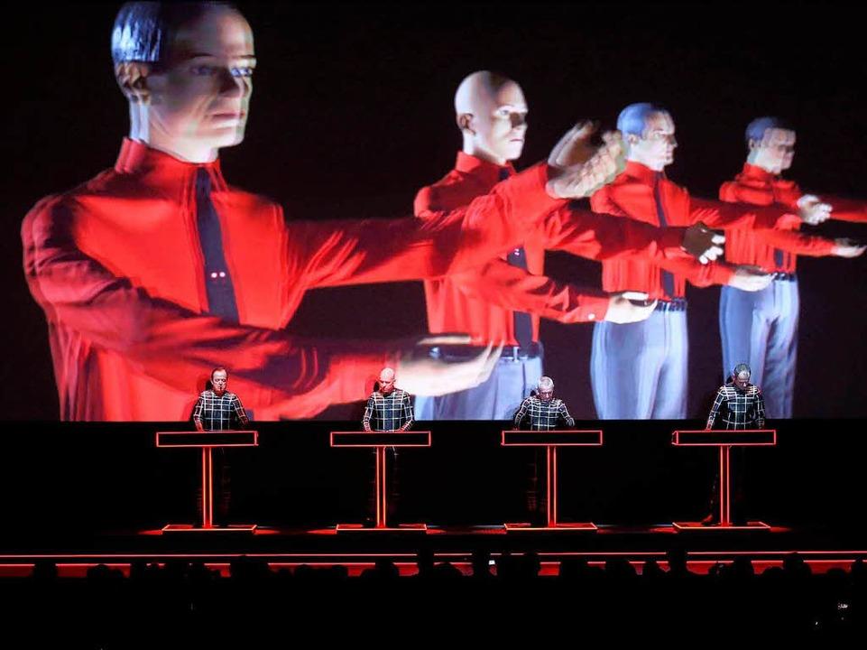 Werkschau in der Düsseldorfer Kunstsammlung: Kraftwerk live.  | Foto: dpa