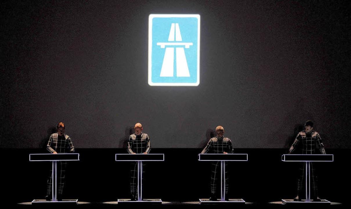 Werkschau in der Düsseldorfer Kunstsammlung: Kraftwerk live.  | Foto: dapd