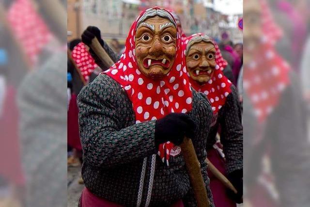 Fotos: Burghexen feiern mit mehr als 70 Zünften in Waldkirch