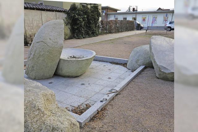 Riesige Steine, vom Wasser geformt