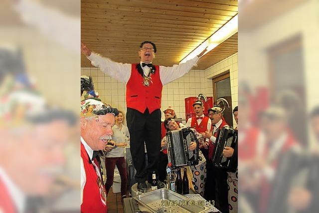Elzacher Narren feiern ein Fest nach dem Fest