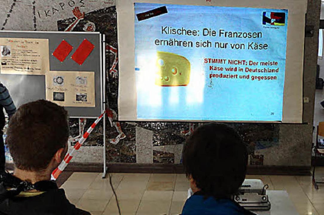 Klischees sind Käse:  plakative Infos zum Nachbarn im BG   | Foto: privat