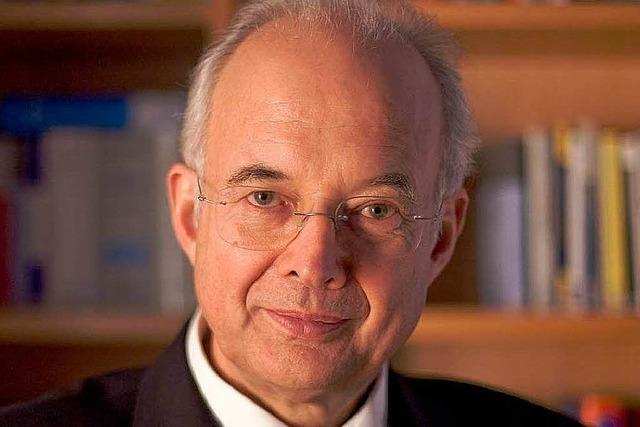 Paul Kirchhof zeigt Wege aus der Krise