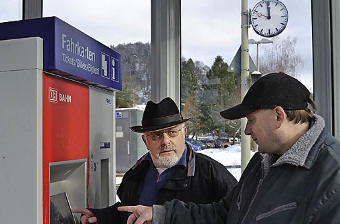 Fahrkartenautomaten-Kurse bietet Karl Argast wieder an.   | Foto: Berger