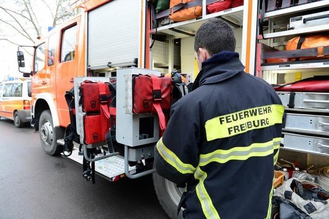 Brand in der Neunlindenstraße – Feuerwehr rettet drei Menschen