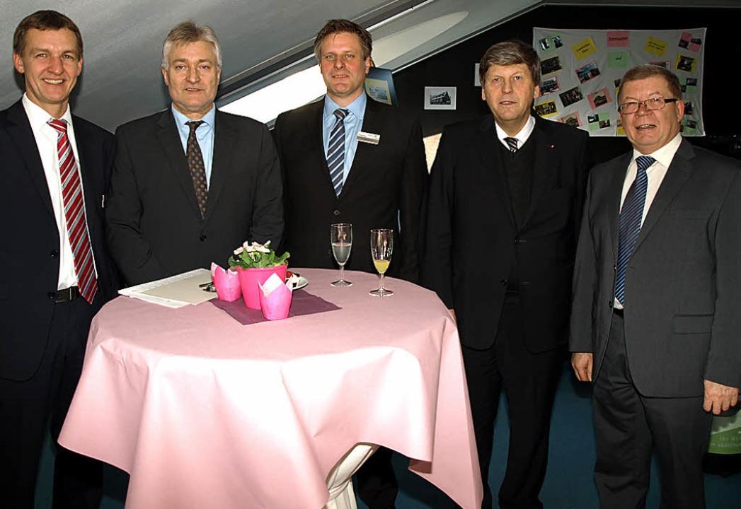 Zur Segnungsfeier des Laurentiushaus d...ernhard Appel und  Hermann Striebich.   | Foto: Marion Pfordt