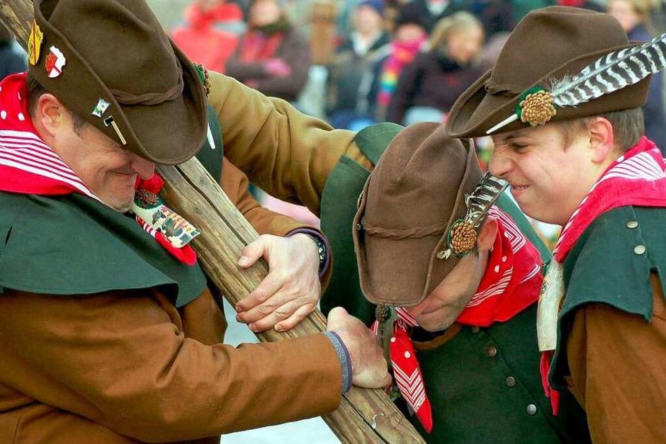 Die Pflege närrischen Brauchtums stand am Narrentreffen-Samstag in Laufenburg im Mittelpunkt. (Foto: Hildegard Siebold)