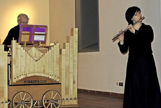 Eine Drehorgel als musikalischer Blickfang