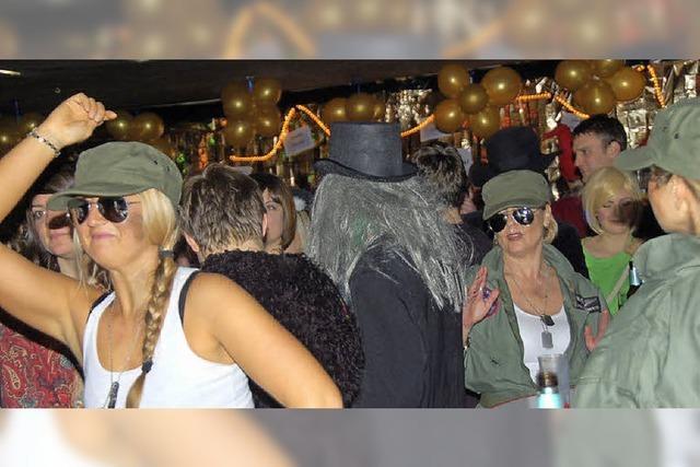 Gundelfinger Narrennacht fest in (Dorf-)Hexenhand