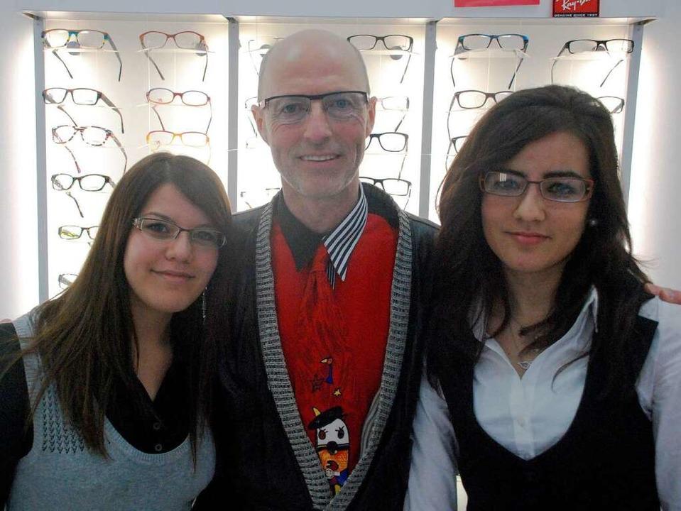 Weltoffener Optiker in Freiburg (von l...nn und Özge Özkan von der Brillengaler  | Foto: Bernd Kramer