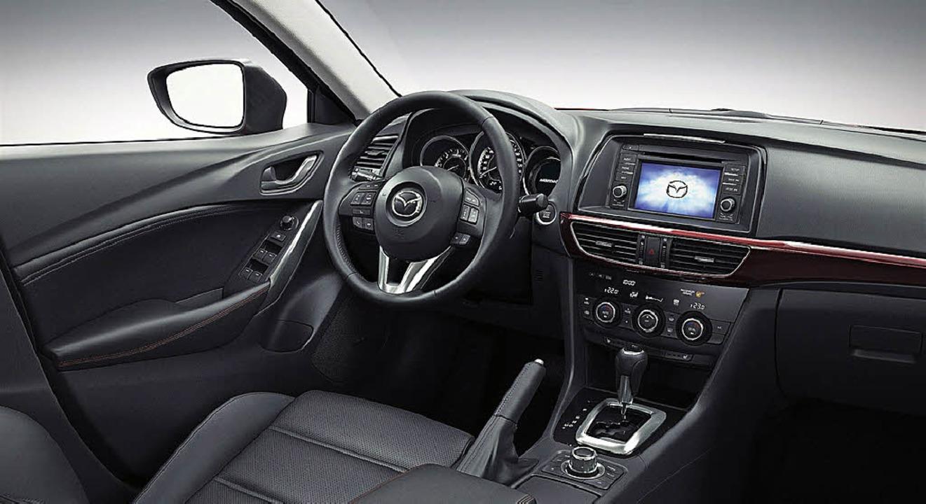Seriös,  praxisorientiert, attraktiv: ... ob als Limousine (oben) oder Kombi.      Foto: werksfotos