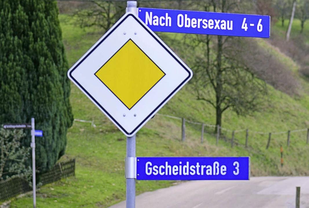 Ein Tal, eine Zufahrt, zwei Straßennamen, zwei Gemeinden.  | Foto: Klaus Fehrenbach