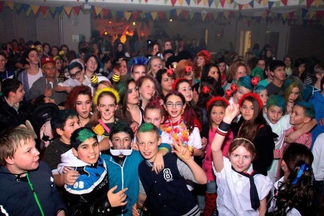 Fotos: Jugend feiert Fasnacht in Wehr