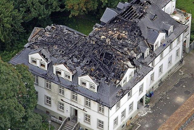 Der Dachstuhl der Villa Bauer ist wieder hergestellt