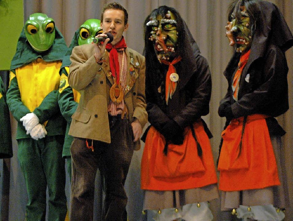 Simon Maier, der neue Vorsitzende der ...t die Schlössle-Hexen als neue Clique.  | Foto: Leony Stabla