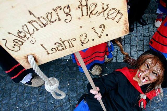 Fotos: Die Galgenberg Hexen Lahr bei der BZ zu Gast