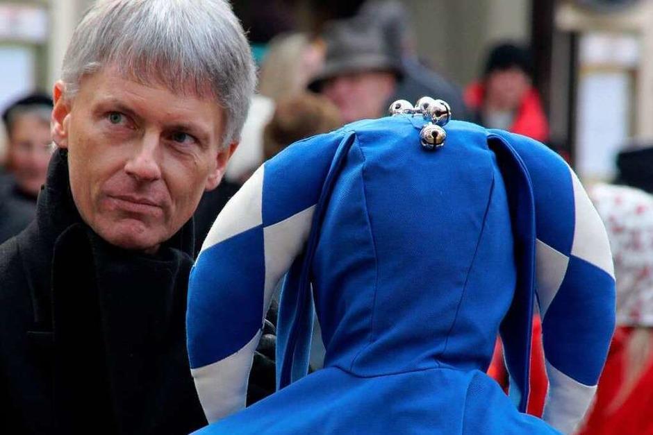 Bürgermeister Benitz und ein Schelm (Foto: Alexander Huber)