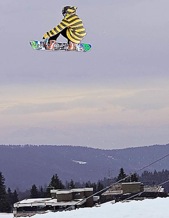 Schwarzwälder Snowboard-Flugkünstler: Luis Eckert  | Foto: promo