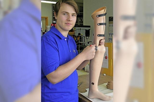 Ausbildungsberuf Orthopädietechniker: Georg Allmendinger hilft Patienten auf die Beine