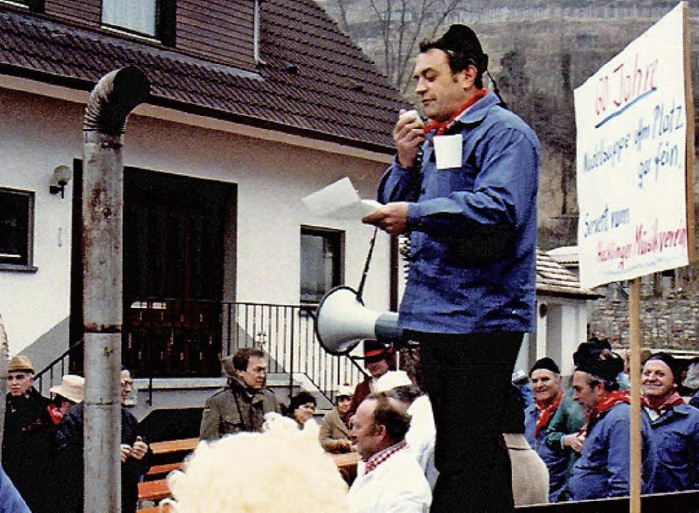 Karl Eschbach gab als MV-Chef schon be...elsuppenessen im Jahr 1983 den Ton an.  | Foto: Privat
