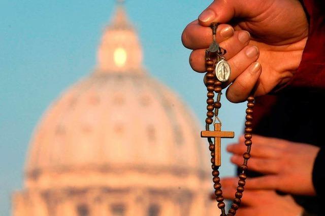 Wie ist der Amtsverzicht des Papstes geregelt?