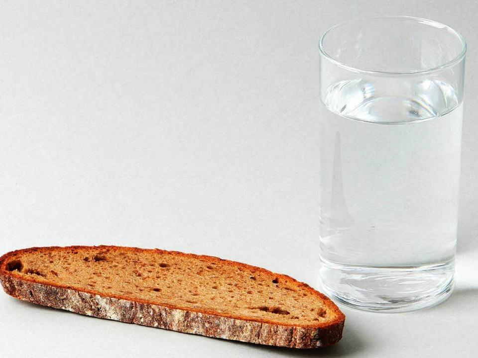 So sparsam geht's nicht mal beim Fasten zu.    Foto: dpa