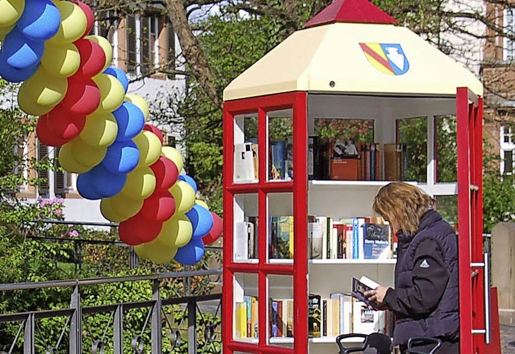 Auch in Denzlingen gibt es ein  offenes Bücherregal.   | Foto: Frank kiefer