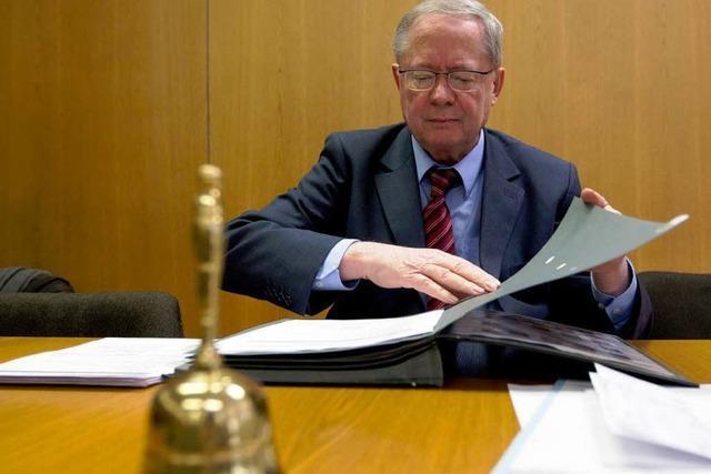 EnBW-Ausschuss: Vorsitzender gab kritische Akten an Mappus weiter