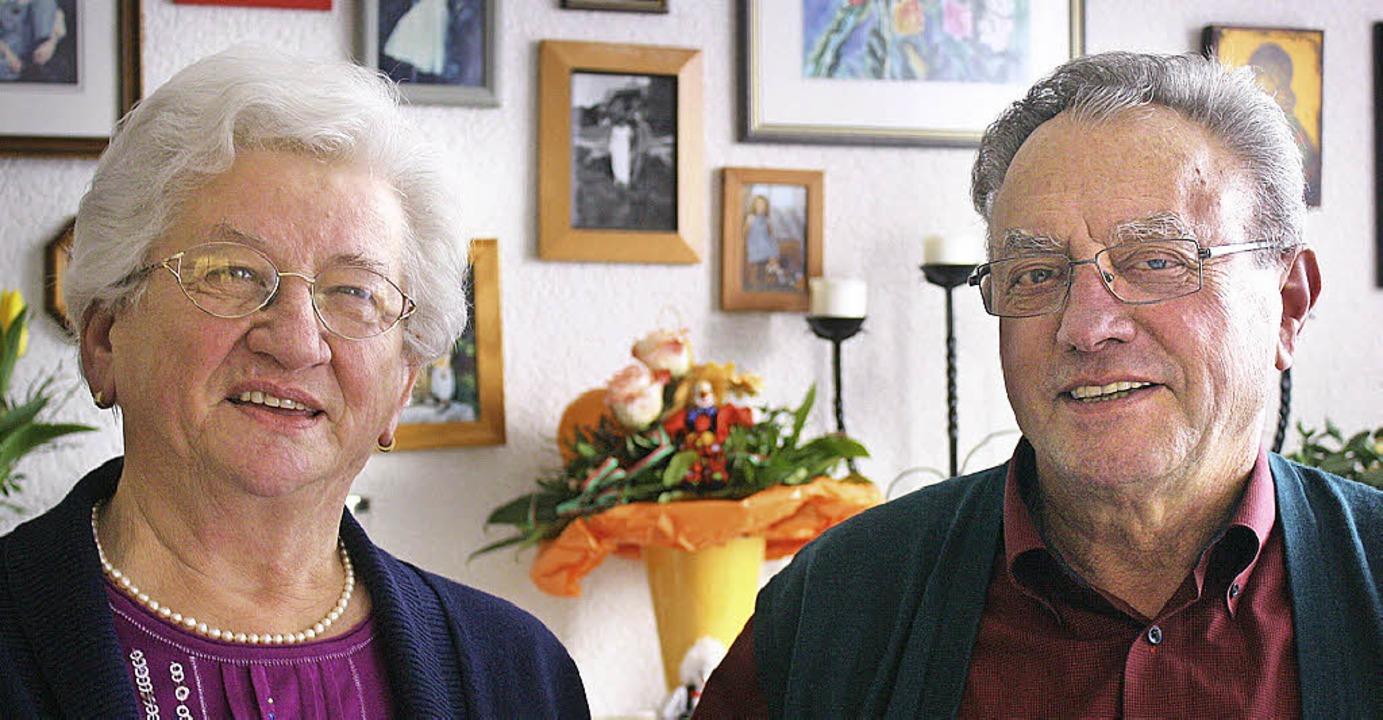 Seit 50 Jahren verheiratet: Das Ehepaar Eschbach.  | Foto: Werner Schnabl