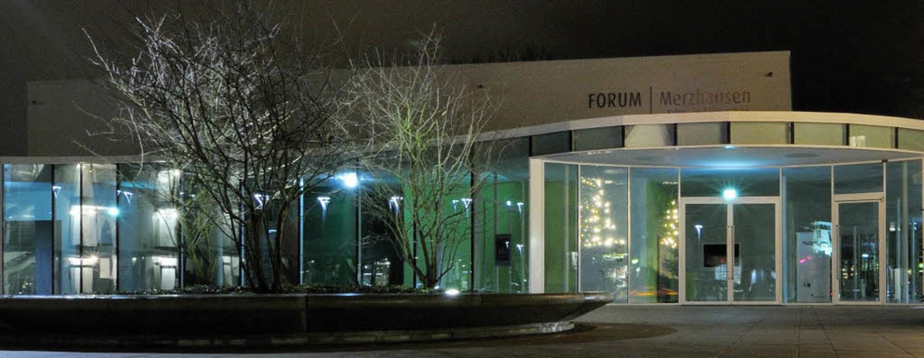 Das Forum,  das Kultur- und Bürgerhaus... Besucher, der kleine für 100 bis 120.  | Foto: Gollrad/Freyer/Peikert/Privat