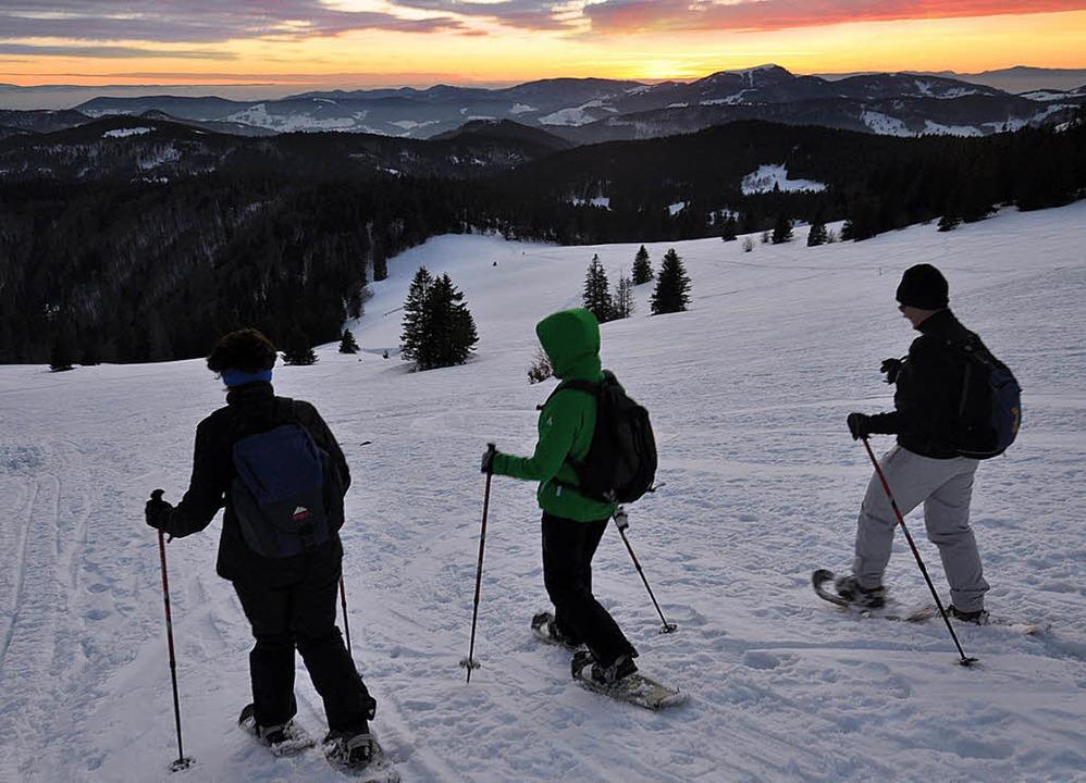 Weiße Wanderung: Auf  Schneeschuhen  lässt sich der Winter ganz neu erleben.   | Foto: Verena Pichler