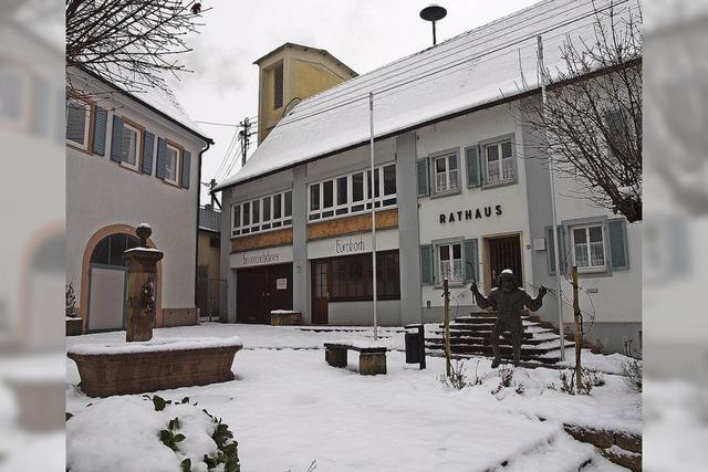 Rathausvorplatz wird im Frühjahr neu gestaltet