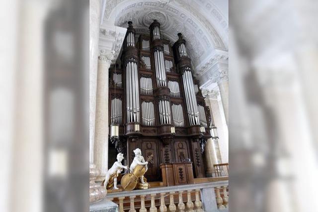 15 Fuhrwerke für 26 000 Kilo Orgel
